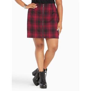 NWT Red Black Plaid Zip Front Mini Skirt 22